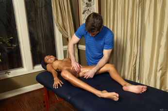 Brick Danger And Janice Griffith In Deep Tissue - Picture 9