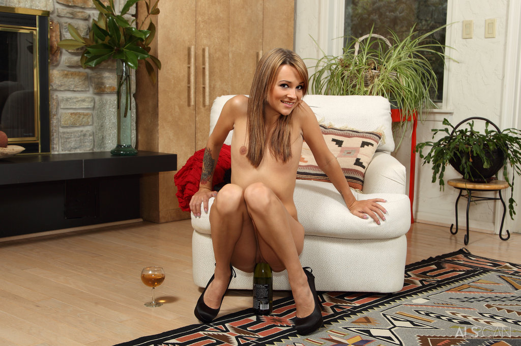 image Euro beauty gets double penetrated